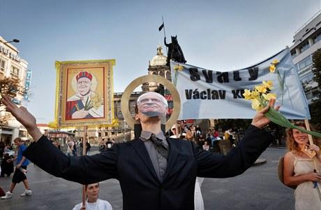 I takovéto shromáždění je mimo zákon, protože maska zakrývá obličej